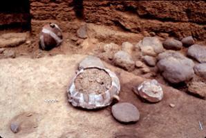 Vasija cerámica Reg. 231 distintas fases de excavación